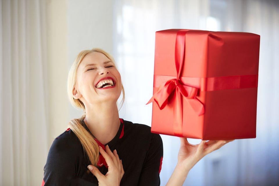 Идеи подарков на 8 марта до 1000 гривен
