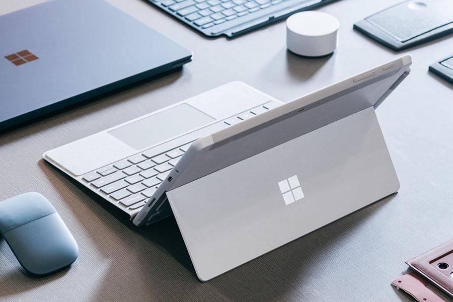 Новый планшет от Microsoft — Surface Go